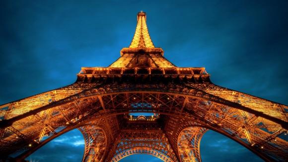 Fond d ecranTour Eiffel